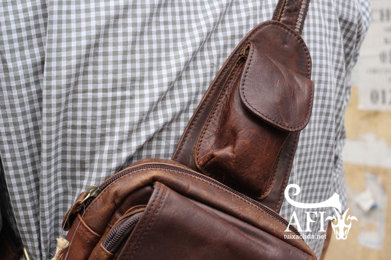 Túi đeo lưng nam thời trang da thật đựng iPad mini tdl10 nâu đất 1